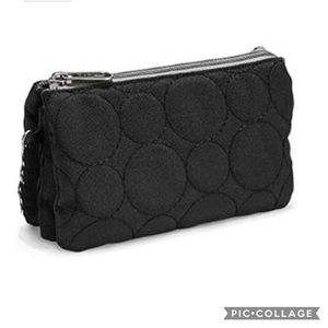Thirty One Black Quilted Vary You Wristlet NWT